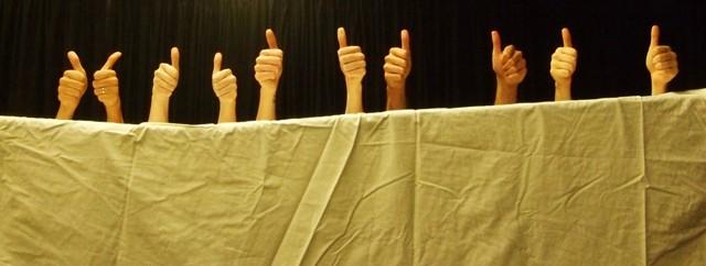 hand-ballet-thumbs-up-640x240.jpg